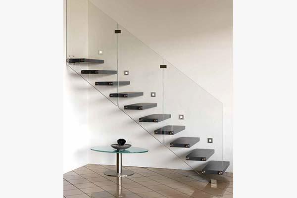 Bespoke Staircase Cantilever